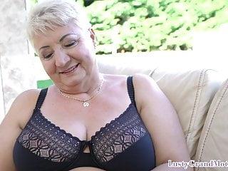 Com kinky sex Busty gilf seduces young guy into kinky sex