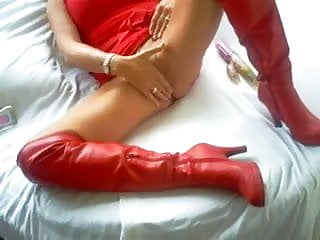 Milfs in leather pics Homemade milf in leather boots toy fucks pussy
