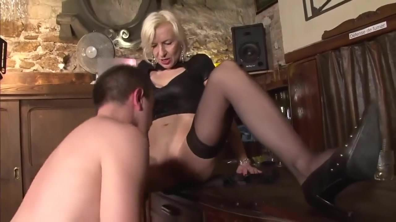 Free download & watch mature blond boss cares about employee         porn movies