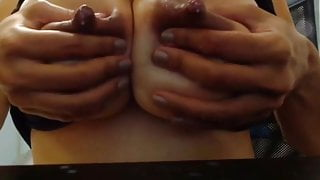 Shaking my big boobs and squeezing out milk