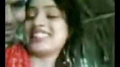 Desi cute and sexy Bengali girl has romantic fuck
