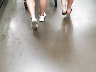 Xxx teenage girls vedios - Hot young teenage girls shopping at walmart