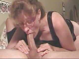 Longcock deepthroat Amateur milf gives a deepthroat to die for