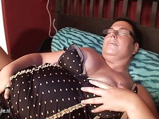 Cucumber fucking woman Big mature nympho mother fucked with cucumber