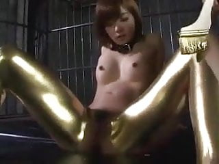 Paint tits - Gold paint