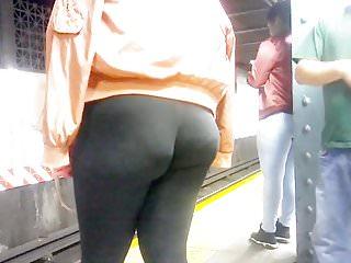 Ass leg nice Nice ebony vpl wedgie booty in leggings