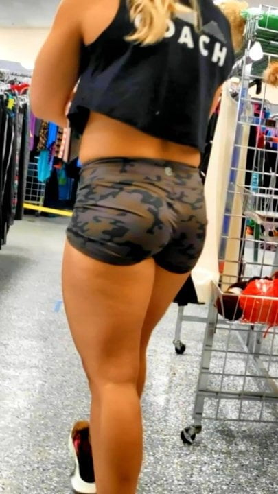 Candid Voyeur Thick Athletic Blonde Ass in Booty Shorts