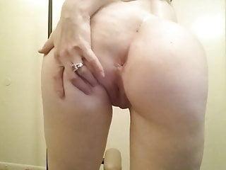 Bridge vintage gretsch rocker - Brunette fucks self w rocker sex toy