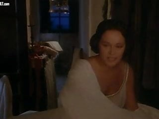 Has laura vandervoort ever posed nude - Laura antonelli clelia rondinella nude from la venexiana