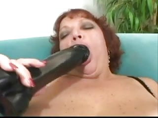 Mature women poen - Chunky mature women 8