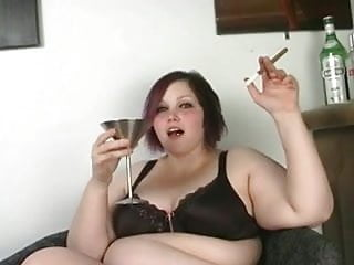 Milla jovoich nude Milla monroe - cigar