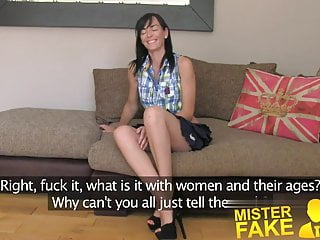 How to look older and sexy Misterfake slim and sexy milf knows how to handle agents co