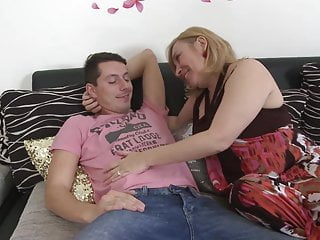 Close family sex storys Close family connection with booty mature mother