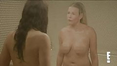 Sandra Bullock и Chelsea Handler обнаженные в душе