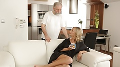 OLD4K. Belle takes part in spontaneous lovemaking with her