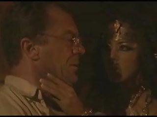 The pharaohs curse gay - Curse e sc1