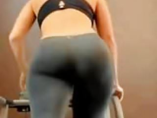 Ass pics in gym clothes Perfect big ass in gym
