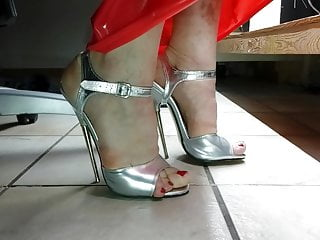 Russion show sexy Show sexy extreme silver steelheel sandals