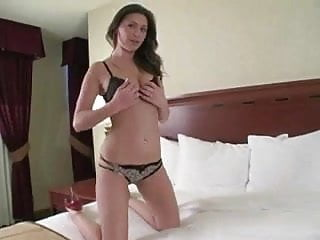 Free masturbation lessons - Ass jiggling jerk off lesson with victoria lawson