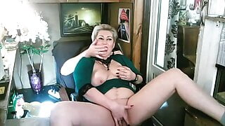 Spontaneous Morning Sex With My Mature Bitch Wife!