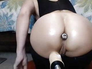 Women being plowed by machine dildos Big ass girl with plug in,creams being fucked by machine