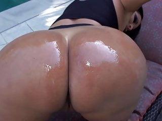 Latinas big tits Kiara mia big tits ass latin milf