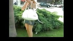 Girl on Phone Forgets She Has No Panties BVR