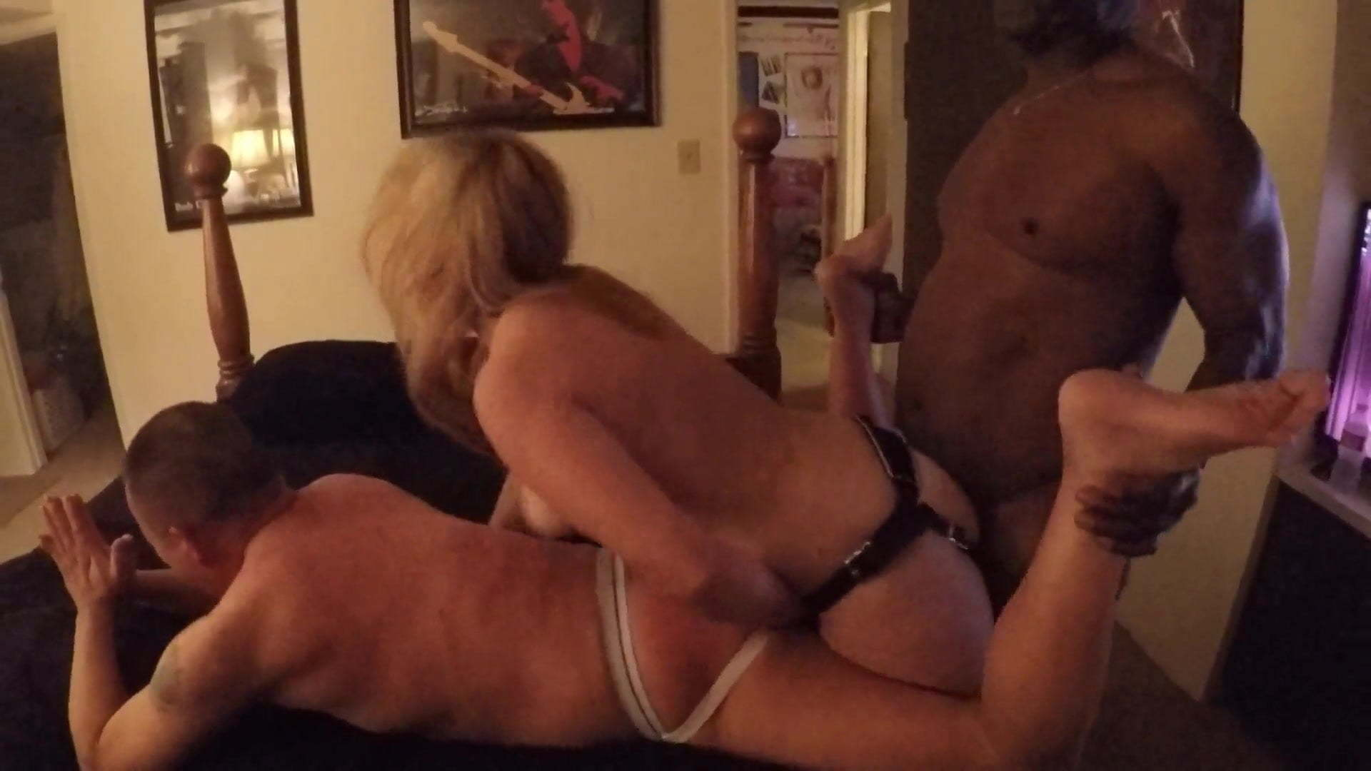 Amateur Young Cuckold Wife Bbc
