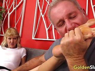 Jami sucks cock British granny jamie foster sucking rimming and fucking