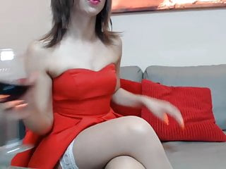 Sex with polish - Beautiful bitch with polish presents in front of the cameras