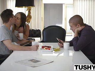 Sara gainesville escort Tushy brunette sara luvv fucked in the ass