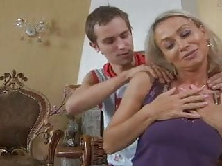 Midget stove - Mom ninette fuck young boy