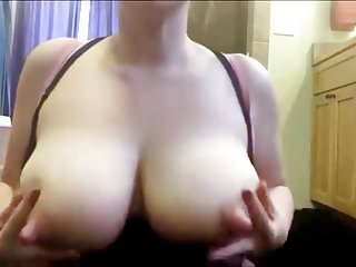 Milk squirt tits Amateur squirts delicious milk from her big udders