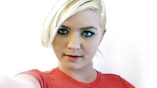 Pretty Blondie Fucks Orgasmic Vibrator