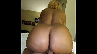 Big booty grandmotha getting some dick