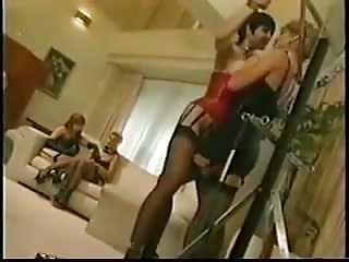 Groups bdsm lesbian - Hotel sunset
