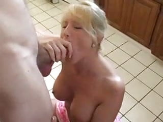 Kitchen aid sucks - Milf blonde chick sucking and fucking in the kitchen
