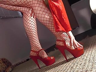Stilettos tgp - Masturbating in pantyhose with stiletto high heels