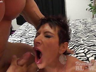 Woman hairy face - Anna phoenixxx takes 2 facefuls
