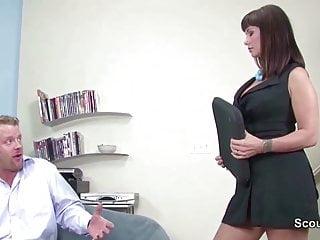 Carrie ann big titty milfs - Female casting agent milf fickt bewerber beim casting
