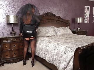 Nude widows - Black widow cums again