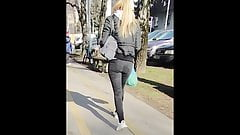 Blonde Teen Girl In Black Tight Jeans (13.02.2020.Candid)