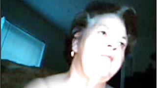 miss Dorothy nude in webcam