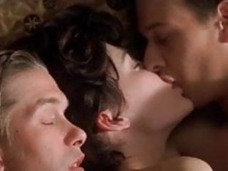 Naked pictures of lara flynn boyle Lara flynn boyle - threesome
