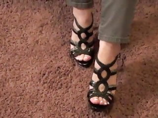 Cute sexy foot Cute girl, sexy heels