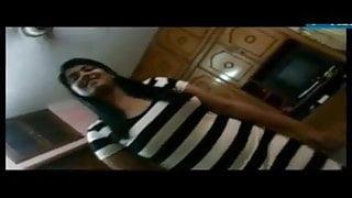 Bangladeshi girlfriend gives hot blowjob and fucks, clear audio