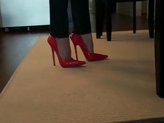 Stripper stiletto pump - Teasing and bending red 6 inch stilettos heels pumps