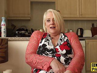Fingerfuck orgasm British granny fingerfucking herself