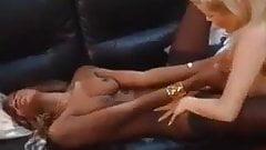 Brounwen1, lesbiennes blonde et noire
