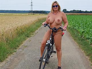 Bike girls nude 'Best (un)Dressed'
